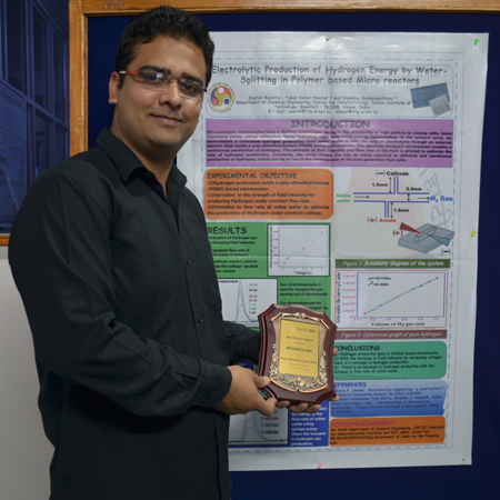 Saptak Rarotra wins Poster Award at Flow Chemistry India 2014