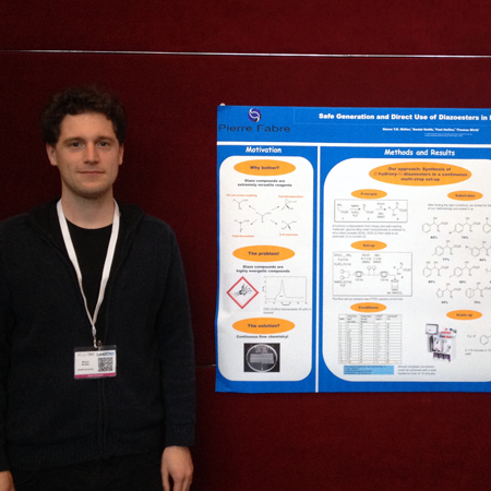 Simon Muller wins Poster Award at Flow Chemistry Europe 2014