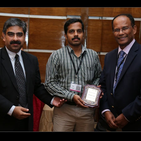 Bhaskar Balaji wins Best Poster Award at the Drug Discovery India 2014 conference