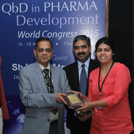 Rajneet Kaur Khurana wins Best Poster Award at QbD in Pharma Development World Congress 2015